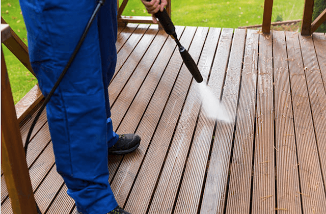 deck cleaning raleigh